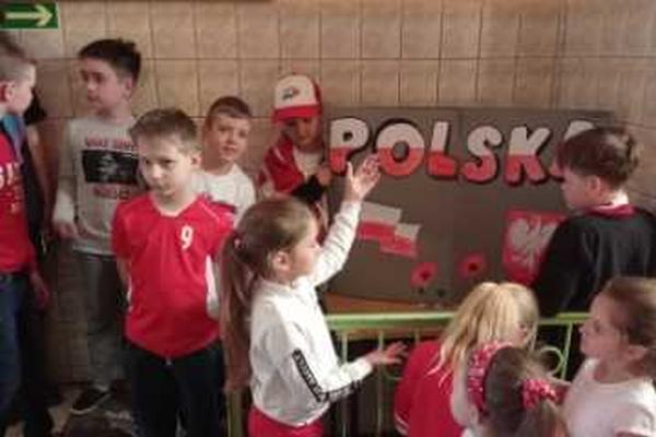 kocham-cie-polsko015FEF35BE3-50FF-02EF-C10F-B7DA60E4A2C7.png